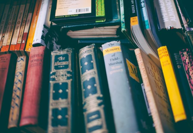Evoluția literaturii române - de la literatura veche la postmodernism