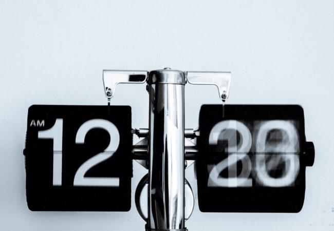 Moduri si timpuri verbale: test online (30 de întrebări)