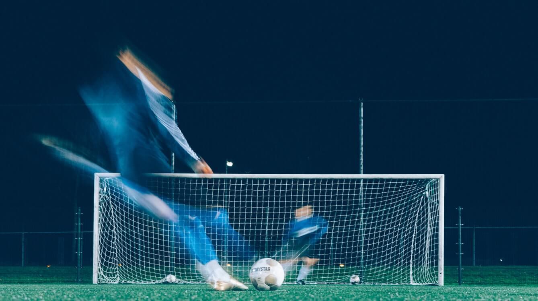 """""""Penalty"""" sau """"penalti""""? Care este forma corectă a cuvântului?"""